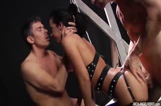 Jada Stevens поучаствовала в БДСМ с двумя самцами #4