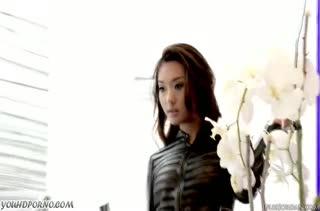 Симпотная Alina Li быстро добралась до большого члена #1