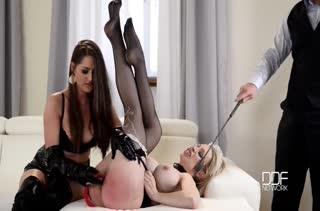 Жена с мужем раскрутили горничную на БДСМ порно #6