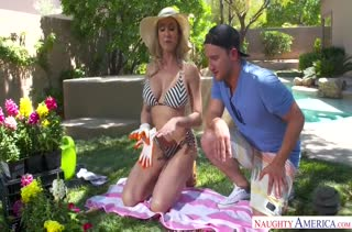 Сосед позарился на роскошное тело Brandi Love #2