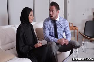 Похотливая мусульманка не постеснялась трахнуться с мужиком #2