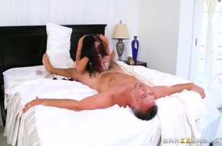 Audrey Bitoni не могла уснуть и соблазнила мужа #6