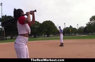 Бейсболистку Priya Price трахнули после игры