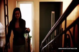 Niana Dorev подмылась в душе и ее уже ожидал член #1