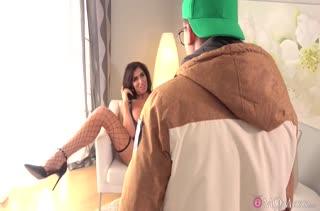Ava Koxxx встретила паренька в сексуальном наряде #1