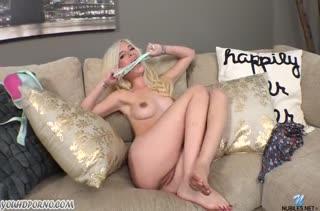 Молодая Piper Perri круто мастурбирует писечку #2