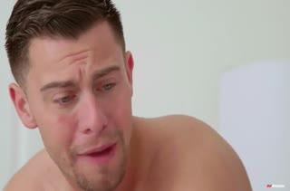 Молодая Jenna Ross круто зажигает с парнем в постели #1