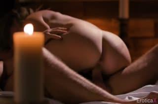 Mona Wales занялась с мужем сексом при свечах #5