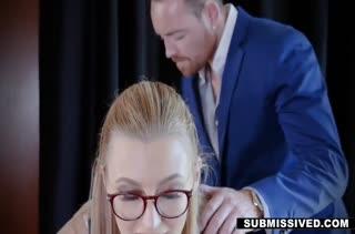 Белокурая офисная давалка рада потрахаться с директором #2